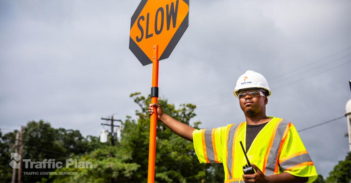 The Difference Between Flaggers & Traffic Control